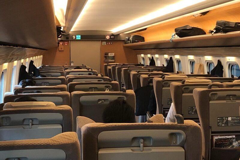 東北新幹線E5系やまびこ号グリーン車車内