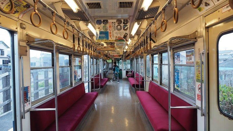 銚子電鉄2000形車内