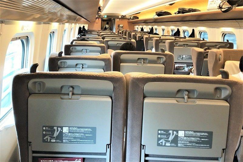 JR東日本E5系グリーン車