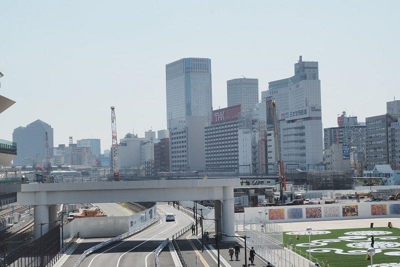 高輪ゲートウェイ駅から見る品川駅方面の眺望